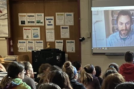 5th graders video chat with Smithsonian astrophysicist